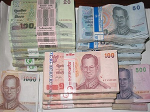 Thai Baht To Move 29 80 30 10 Usd This